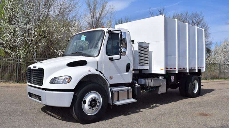 3-ARM-TruckCorp-Chassis-Mounted-Vacuum-Leaf-and-Debris-Collector-(1)
