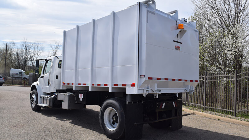 5-ARM-TruckCorp-Chassis-Mounted-Vacuum-Leaf-and-Debris-Collector-(3)